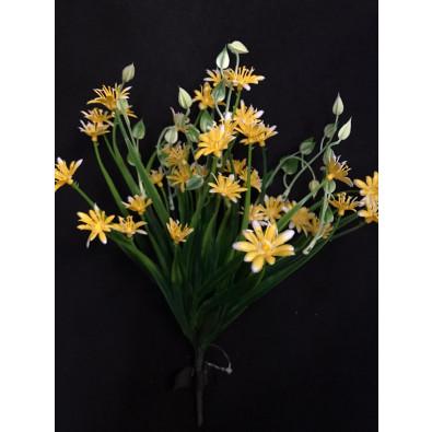 Cebollin con flor de plástico amarillo